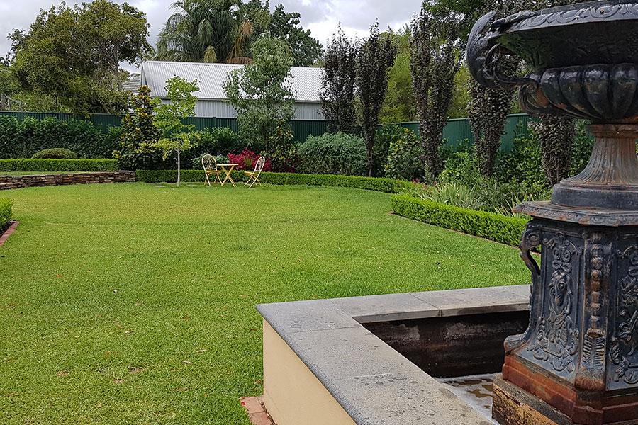 Residential Gardens. Your Garden At Home.Garden Art Design